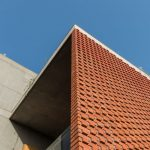 brick-curtain-house-design-work-group-architecture-house-residential-india_dezeen_2364_col_20-852x569
