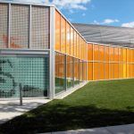 full_Panelite_ClearShade_Exterior_Facade_Honeycomb_Glazing_IIT_McCormick_Tribune_Center_OMA