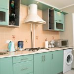 Breezy-retro-kitchen-in-a-subtle-shade-of-mint-