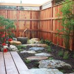 Elegant-and-small-Asian-style-garden-and-courtyard-design