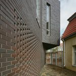 painted-bricks-house-facade1-703x1024